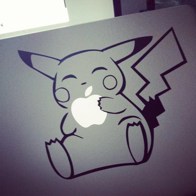 Mon Pikamac #pikachu #macbook #nintendo #apple